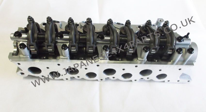 Mitsubishi Delica L300 - 2 5TD - P35W Box/Bus (06/1993-1996) Import -  Engine Cylinder Head Complete (Built Up)